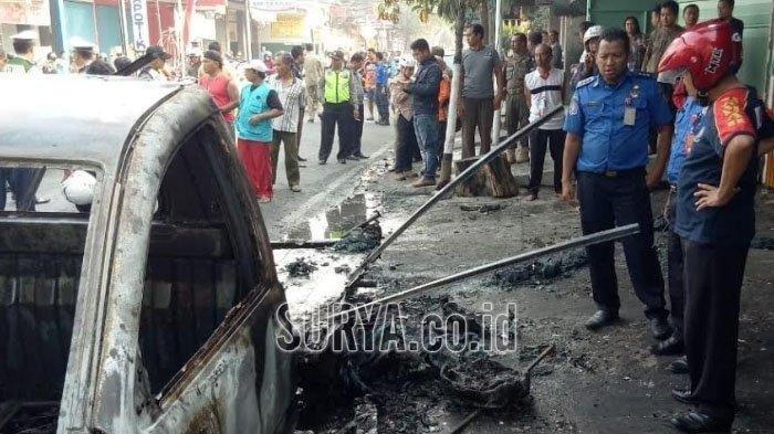 Berniat Pindahkan BBM dari Tangki Mobil ke Jeriken Plastik, Sopir Pikap di Kota Blitar Terbakar