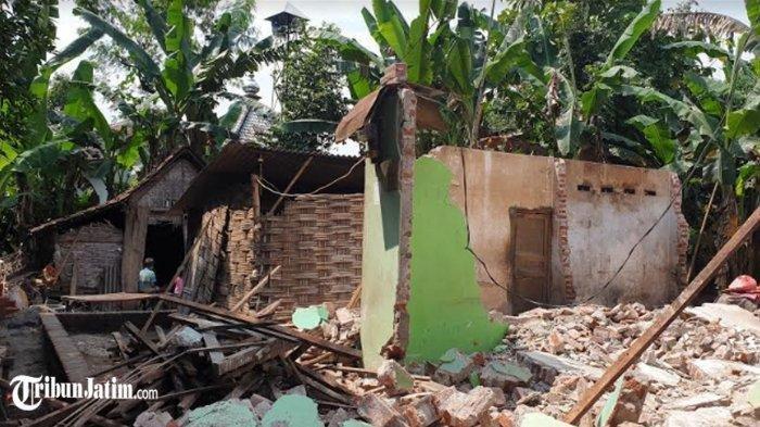 Rumah Kasnan yang dirobohkan mantan istrinya