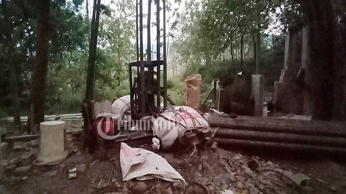 Nestapa Warga Lereng Bukit Kamal Bulu Sukoharjo : Kesulitan Air Bersih, Ngangsu Berkilo-kilometer