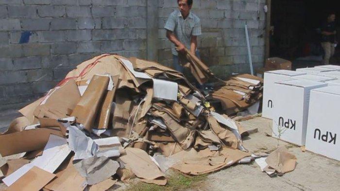 Tim Bawaslu RI Temukan 696 Kotak Suara Rusak di Gudang KPU Cirebon, Ini Penyebab Kerusakannya