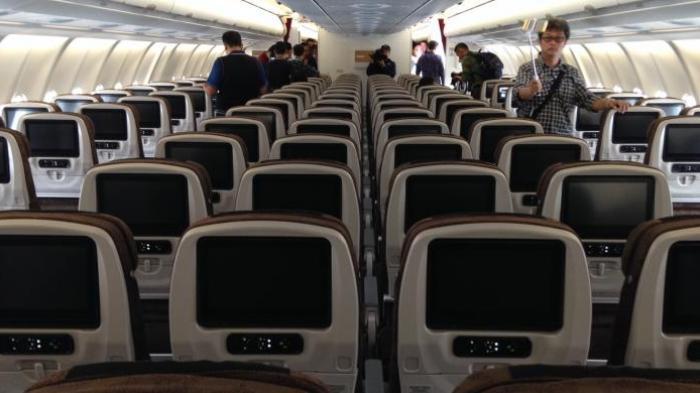Tarif Batas Bawah Tiket Pesawat Kelas Ekonomi Akan Dinaikkan oleh Kemenhub