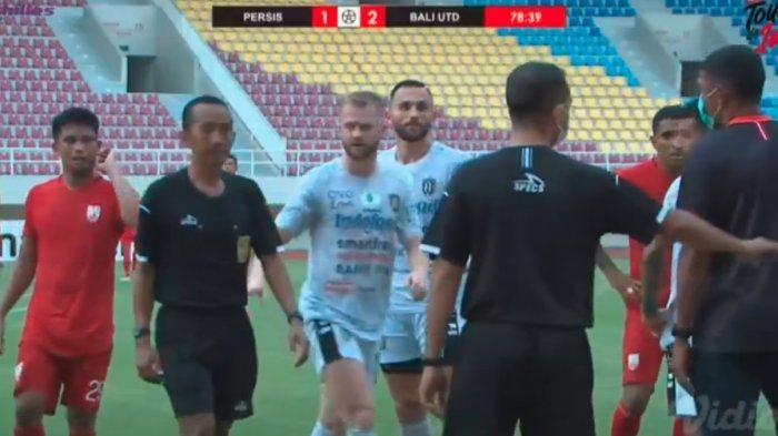 Full Time Persis Solo Kontra Bali United : Berakhir 1-2, Wasit Akhiri Laga di Menit 78