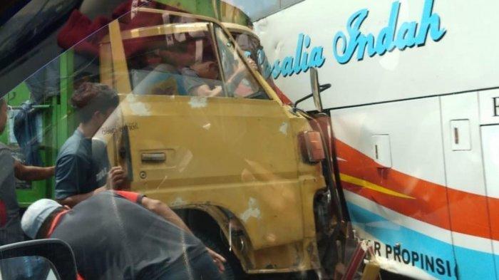 Bus Rosalia Indah vs Truk di Jalan Raya Solo-Jogja Klaten, Puluhan Penumpang Selamat