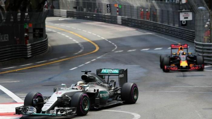 Melihat Spesifikasi Mobil F1 Lewis Hamilton, Kecepatan 0-200 Km/J dalam 4,4 Detik Saja