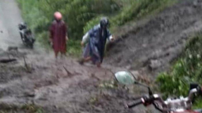 Tidak Hanya di Jalur Lingkar Kota Wonogiri, di Kismantoro Juga Longsor, Pengendara Tak Bisa Lewat