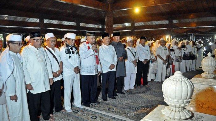 Lorin Group Gelar Haul ke-12 Presiden RI ke-2 Soeharto di Astana Giribangun Karanganyar