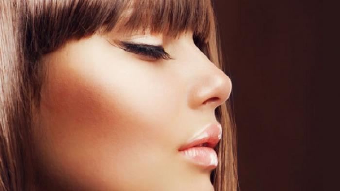 Benarkah Wanita dengan Make Up Cenderung Lebih Menarik daripada Tidak? Simak Penjelasannya
