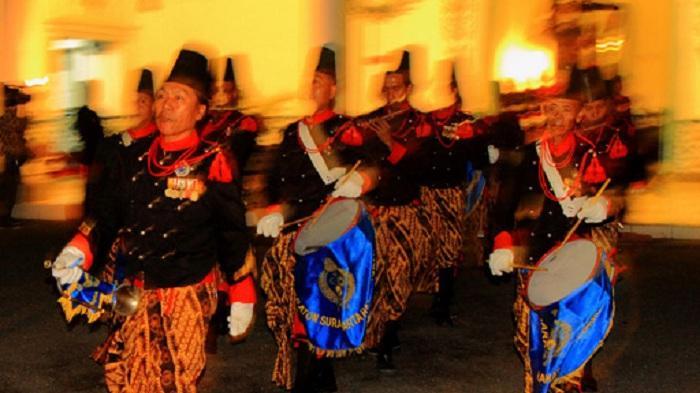 Malam Selikuran, Tradisi Menyambut Malam Lailatul Qadar ala Masyarakat Jawa