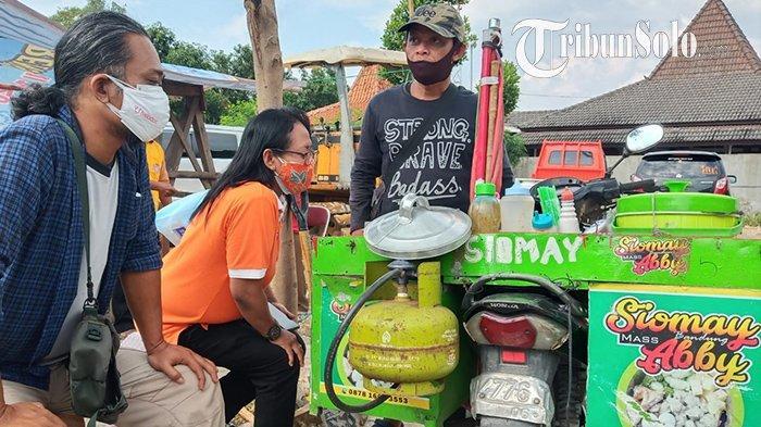 Mantan Teroris Ikut Vaksin Covid-19 di Sukoharjo, Sambil Jualan Siomay: Kapolres Ikut Borong