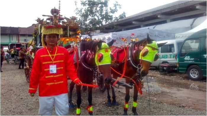 Mas Ngabei Mujiono, Dua Kali Jadi Kusir untuk Dua Pernikahan Anak Jokowi