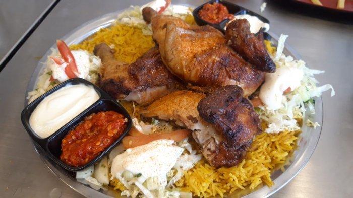 Promo Murah Meriah di Emado's Shawarman Solo: Rp 39 Ribu dapat Masakan Ayam Utuh Khas Palestina