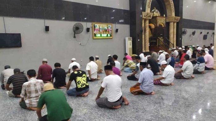 Ganjaran Shalat Tarawih Malam Keempat Ramadhan 1442 H: Umat Muslim Dapat Pahala Seperti Baca 4 Kitab