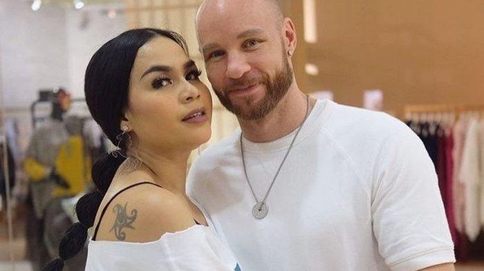11 Tahun Menikah, Melaney Ricardo Ungkap Permasalahan dalam Rumah Tangganya dengan Tyson Lynch