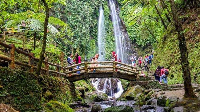 Wisata Tawangmangu Dibuka, Ini Cara Bupati Juliyatmono Viralkan Warung yangTakPakai Protap Corona