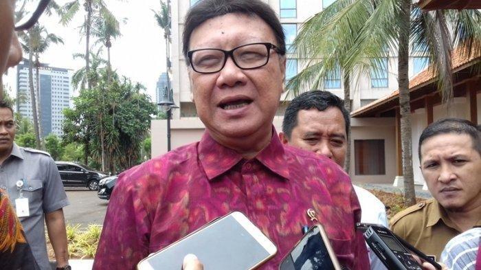 Mendagri Akui Tak Berwewenang Beri Sanksi Gubernur Riau yang Pergi Dinas ke Thailand