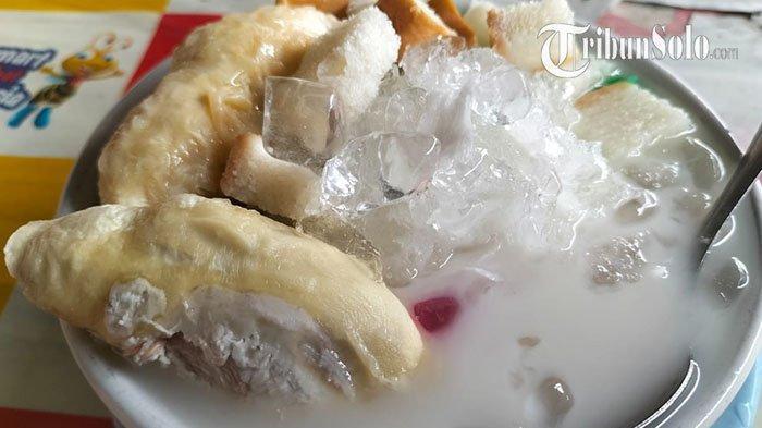 Rekomendasi Kuliner Enak di Solo: Es Buah Pak Min, Sudah Buka Sejak Tahun 1970