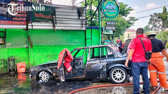 Hendak Dicuci, Mobil BMW 319i Terbakar di Laweyan Solo: Diduga Korsleting Listrik