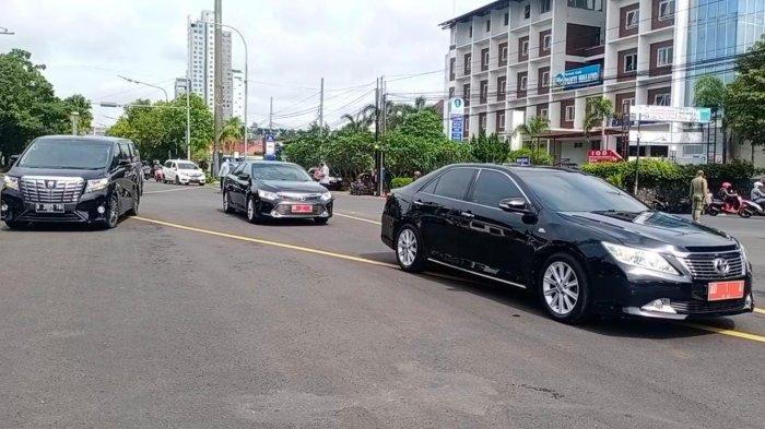 Gibran Anak Presiden Jokowi Dapat Mobil Dinas Bekas, Mobil Harus Dipermak agar yang Lecet Mulus Lagi