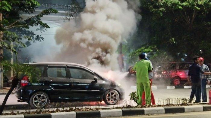 7 Hal Sepele yang Sering Dilakukan Pemilik Mobil Ini Bisa Memicu Mobil Terbakar