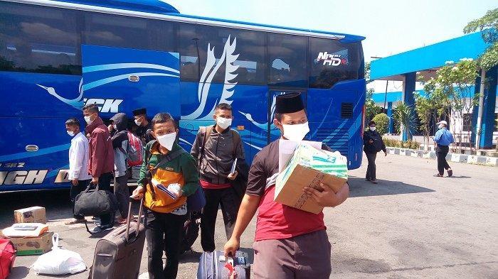 Transportasi Bisa Beroperasi Kembali, Terminal Tirtonadi Belum Terima Bus AKAP Jabodetabek