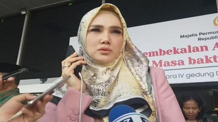 Istri Ahmad Dhani, Mulan Jameela yang Terpilih Jadi Anggota DPR Blak-blakan Siap di Komisi Mana Saja