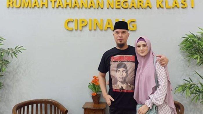 Ahmad Dhani Bebas, Mulan Jameela Unggah Foto Berdua: Ayo kita pulang ke rumah suamiku sayang