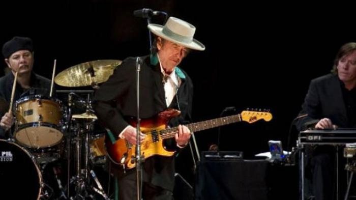 Chord Kunci Gitar dan Lirik Lagu Girl From The North Country - Bob Dylan: Lagu Legendaris
