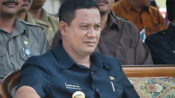 Bupati Mojokerto Mustofa Kamal Pasa Ditahan KPK Seusai Diperiksa