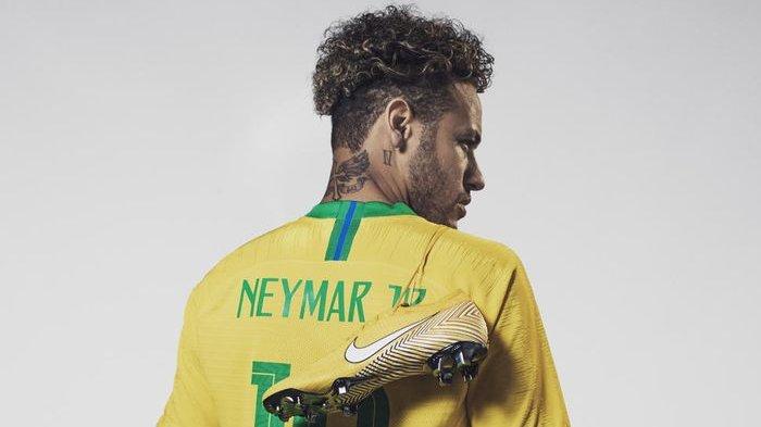 Diproduksi Terbatas, Ini Harga Sepatu yang Dipakai Neymar saat Lawan Meksiko