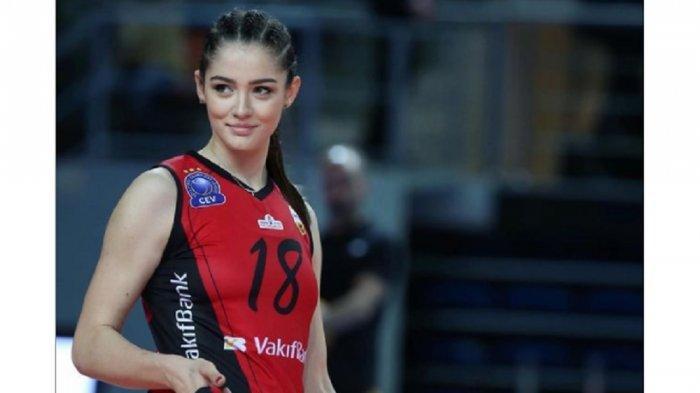 5 Potret Zehra Gunes, Atlet Voli Cantik Asal Turki yang Curi Perhatian di Olimpiade Tokyo 2020