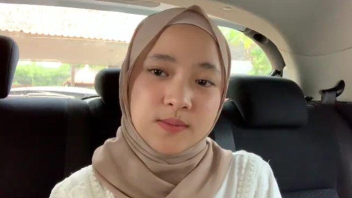 Nissa Sabyan Akhirnya Muncul di Depan Publik, Jadi Bridesmaid Pernikahan dan Tunjukkan Raut Senyum