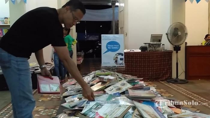Jangan Lewatkan Pameran Buku Gramedia Solo, Banyak Buku Diobral Mulai Lima Ribuan