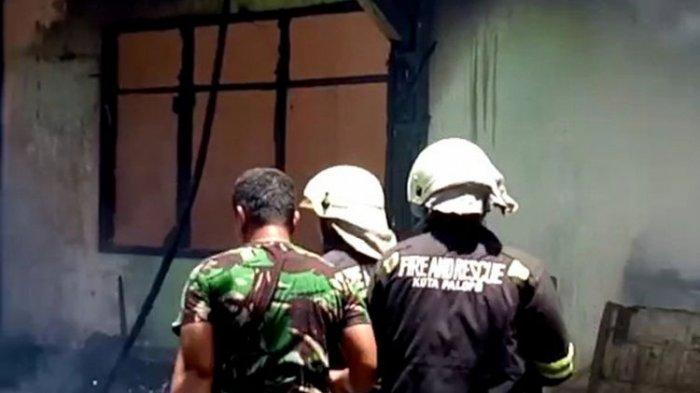 Diduga Akibat Hubungan Arus Pendek Listrik, Asrama TNI di Palopo Hangus Terbakar