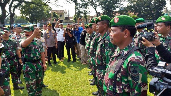 Barisan TNI AD Mulai Kostrad, Raider hingga Kopassus Jaga Kota Solo di Tengah Kabar Ada Gerakan PSHT