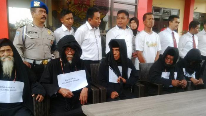 Polisi Ungkap Trik-trik Penipuan Para Mahaguru Dimas Kanjeng
