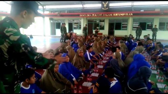 SMP Muhammadiyah Simpon Solo Kuatkan Wawasan Kebangsaan dengan Kopassus