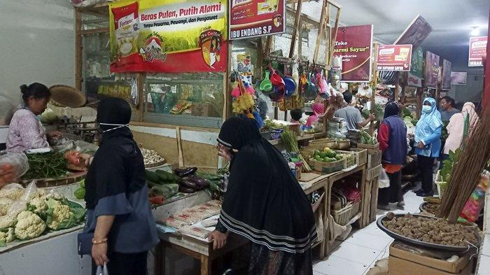 Pedagang Pasar dan Ojol di Sukoharjo Gigit Jari,Belum Bisa Ikut Vaksinasi Tahap II Akhir Bulan Ini