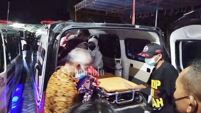 Sempat Masuk ICU, Sejumlah Korban Keracunan di Karangpandan Pulang, Diantarkan Ambulans ke Rumah