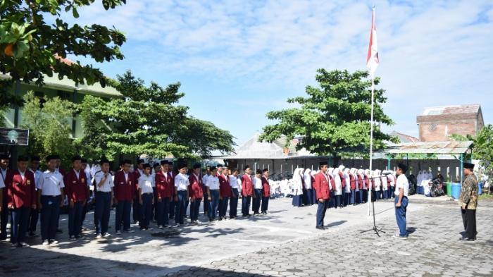 6 Fakta Siswi SMP di Solo Dikeluarkan karena Ucapkan Ultah, Ungkapan Alumni hingga Kondisi Siswi