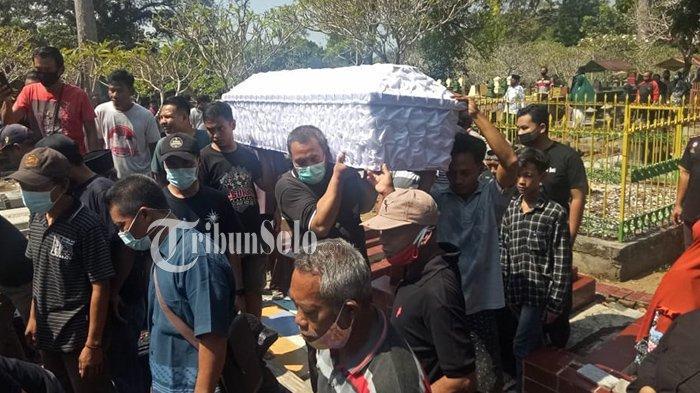 Story WA Terakhir Tri Iriana, Korban Meninggal Insiden Perahu Maut di Waduk Kedung Ombo: Ini Isinya