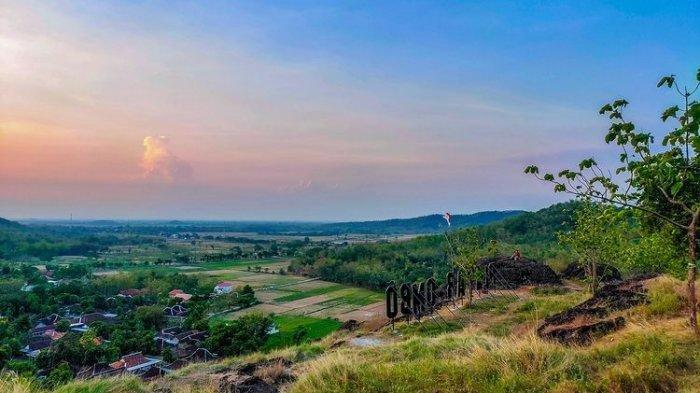 Berburu Matahari Terbit di Perbukitan Wisata Platar Ombo Sukoharjo, Wisatawan Juga Bisa Berkemah