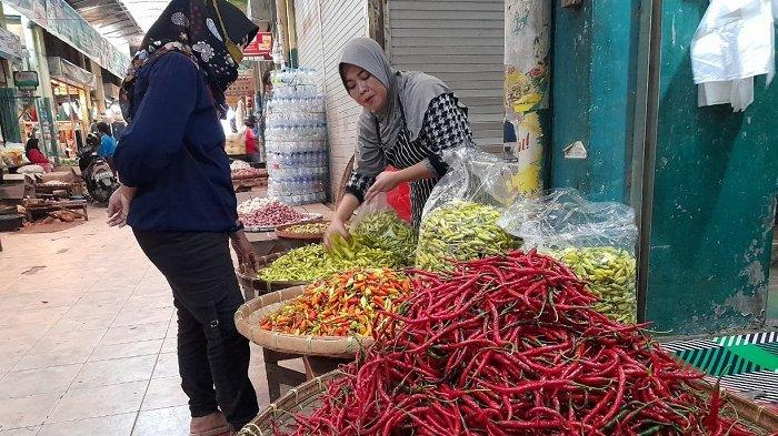 Berbulan-bulan Mencekik Pembeli, Akhirnya Kini Harga Cabai Rawit Merah di Pasar Sragen Merosot