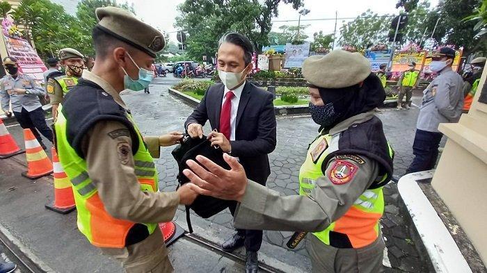 Anak Presiden Jokowi Dilantik Jadi Wali Kota Solo Hari Ini, Penjagaan di DPRD Kota Berlangsung Ketat