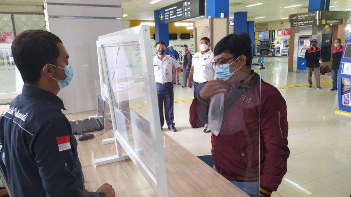 Puluhan Pemudik Dilakukan Tes GeNose di Terminal Tirtonadi Solo, Begini Hasilnya