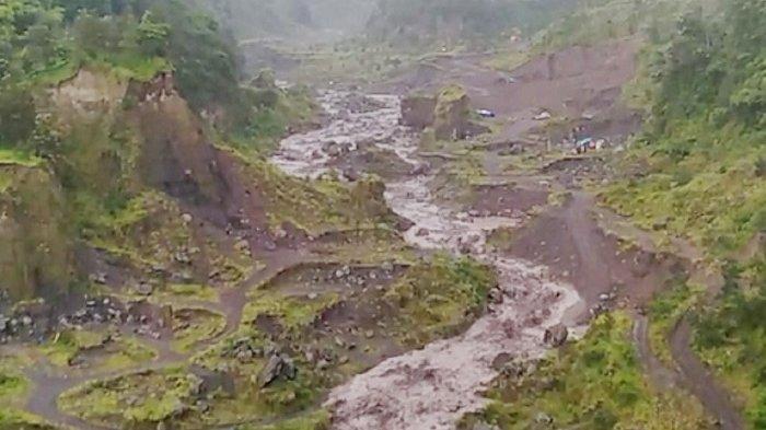 Asyik Ngevlog, Remaja Jatuh ke Jurang Kali Woro Sedalam 80 Meter di Klaten, Kondisi Luka Parah