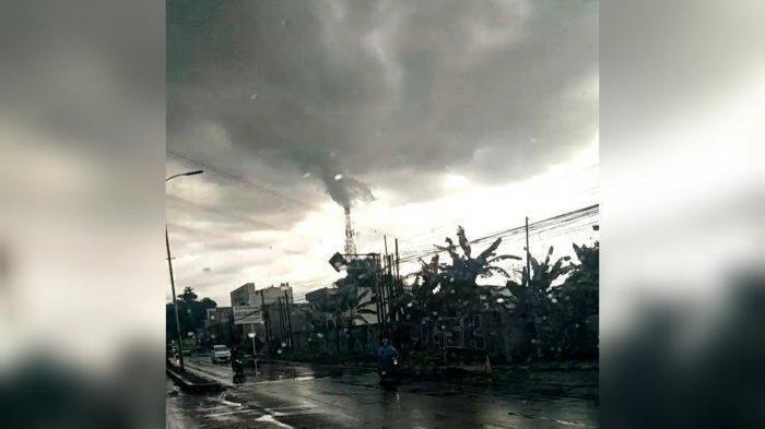 Heboh Fenomena Alam Pusaran Awan Putih Mirip Tornado di Bogor, BMKG Ungkap Bahayanya