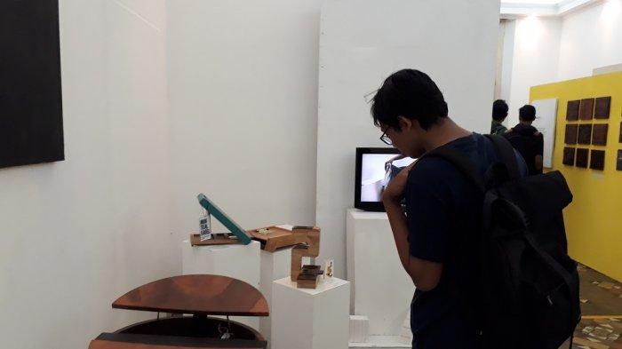 Mahasiswa Desain Interior UNS Gelar Pameran dengan Tema Inrare di Balai Soedjatmoko Solo