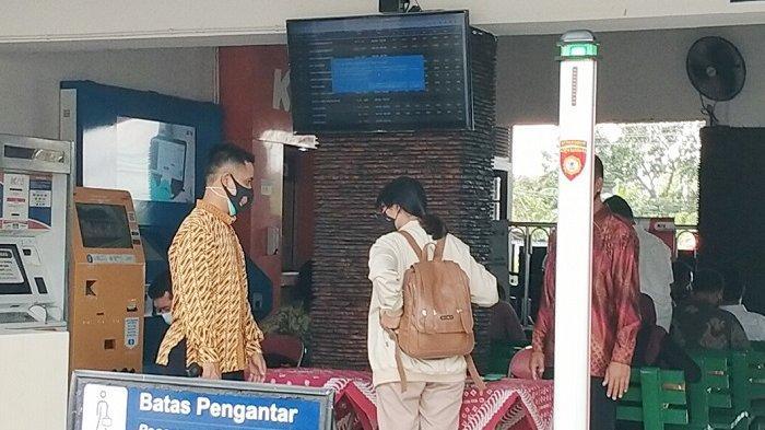 Presiden Jokowi Bakal Singgah di Stasiun Klaten, Paspampres Jaga Ketat dan Periksa Barang Penumpang