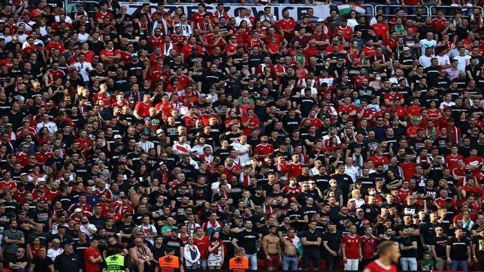 Alasan PT LIB Belum Berani Ijinkan Penonton Masuk Stadion, Padahal Suporter di Euro 2020 Sudah Padat