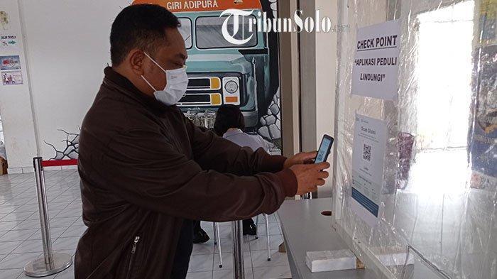 Terminal Bus Giri Adipura Wonogiri Uji Coba Aplikasi PeduliLindungi: Tapi Belum Wajib